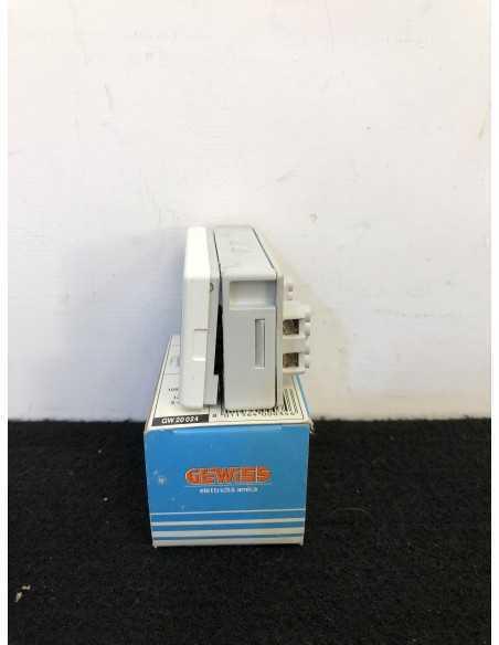 Gewiss GW20024 Pulsante con targa luminosa porta nome 1P da 10A 250V, MADE IN ITALY|Coppolav.it: Prodotto fuori produzione