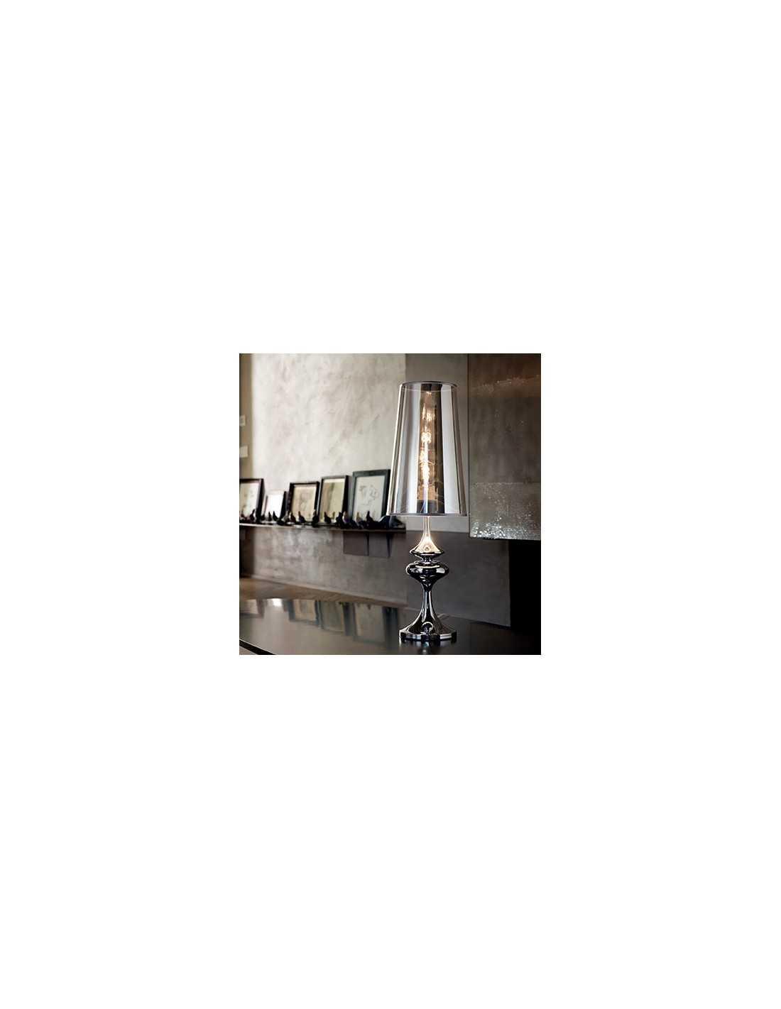 Lume Da Tavolo Con Paralume In Pvc Cromo Semi Trasparente E Corpo In Metallo Cromo Ideal