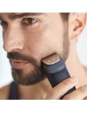 Rasoio e rifinitore per barba, capelli e naso Philips MG5720/18 con 9 accessori, 80 minuti di autonomia, Impermeanile