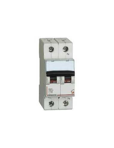 Interruttore magnetotermico 10A Bticino FC810NC10, 2 Moduli, 1P+N, Curva C: Coppolav.it