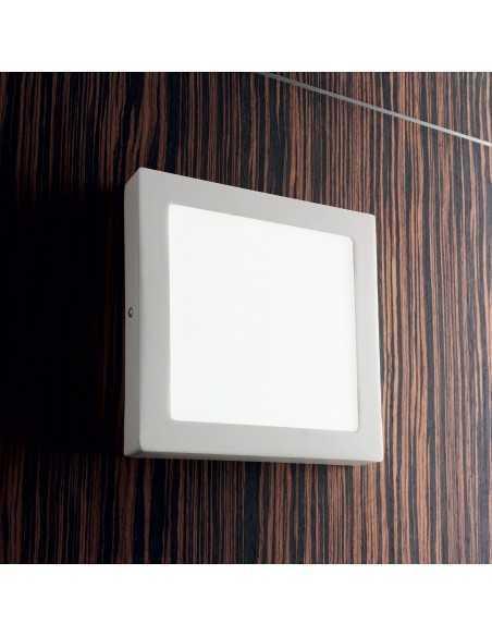 Plafoniera/Applique bianca sottile in metallo IdealLux Universal Square D30, Sistema LED Integrato 24W, Luce Calda, 30x30